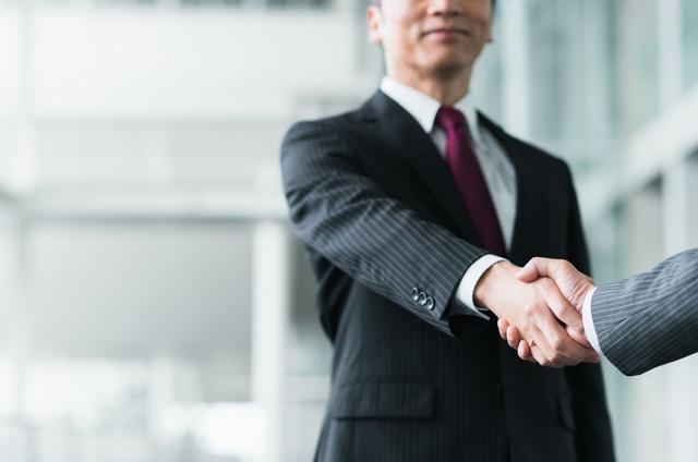 pixta 37792099 S - 助成金申請の代行はどこに依頼するのがおすすめ?代行が得意な社労士の選び方