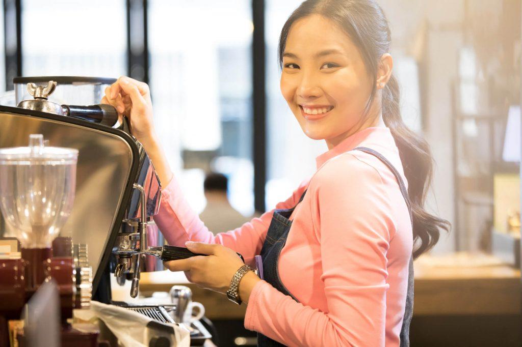 pixta 65901446 M 1024x682 - 喫茶店の開業資金はいくら?費用の内訳&安く抑えるコツ5選【2020】