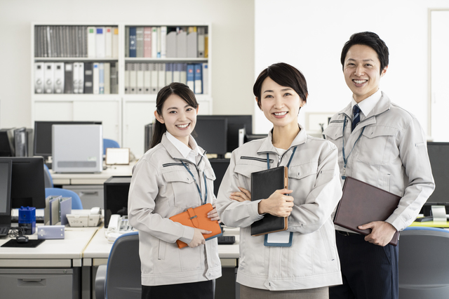 pixta 67366794 S - 雇用調整助成金の申請期間が延長に!対象者や申請の流れ、必要書類などを解説
